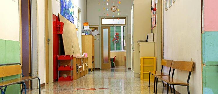 https://www.greatschools.org/gk/wp-content/uploads/2013/10/Elementary-school-tour-mistakes.jpg